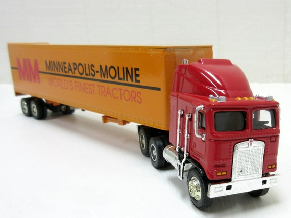 Vintage Coin Bank Kenworth K100E Minneapolis Moline Bank Liberty 1/64 Scale # 30006 MIB
