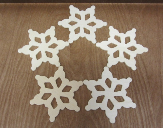 Wooden Snowflakes Large Unfinished And Ready To Paint - Lot Of Five