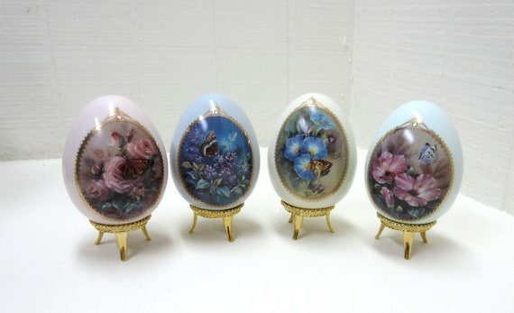 Vintage Lena Liu Butterfly Garden Porcelain Eggs Danbury Mint Porcelain Egg Collection Set Of 4