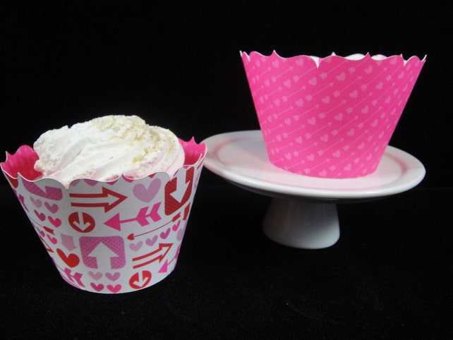 Valentines Cupcake Wrappers, Hearts and Arrows, Cupcake container, Cupcake Decorations, Valentine's  Wrappers, Valentines Cupcakes -Qty. 12
