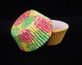 Yellow Floral and Yellow Cupcake Liners, Baking Papers, Muffing Papers, Weddings, Cupcake Container, Cupcake Wrapper - QTY 50