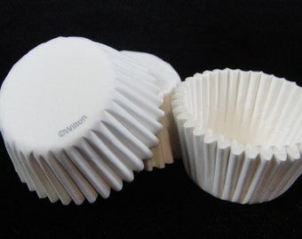 White Mini Cupcake Liners, Candy Cups, Mini Cupcakes, Candy Cups, Mini Baking Cups - Quantity 25