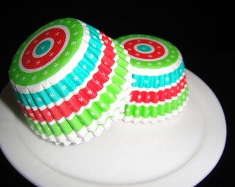 Christmas Circle Mini Cupcake Liners, Candy Cups, Truffle cups, Candy Papers, Christmas Candies, Mini Baking Cups - Quantity 25