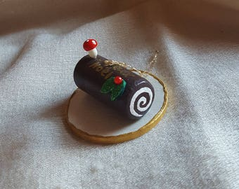 Swiss Roll, Yule Log, Buche de Noel Cake Christmas Ornament