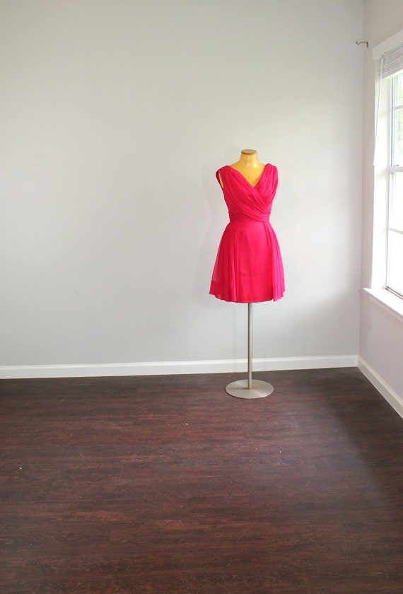 1950s Miss Elliette Hot Pink Silk Chiffon Party Dr