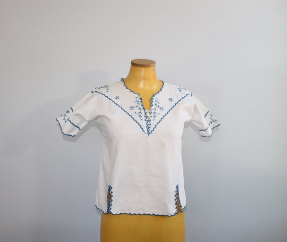 1930s White European Folk Blouse // Extra Small