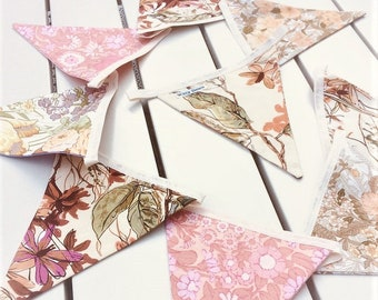 Shabby Chic Style Bunting in Olive Pink Daisy Chain Vintage Fabric