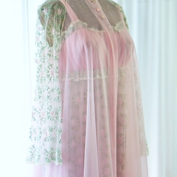 Virginia Wallace Embroidered Chiffon Robe Nightgo… - image 2