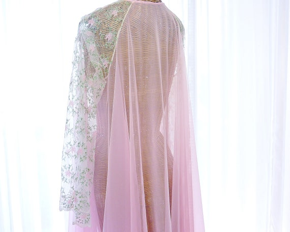 Virginia Wallace Embroidered Chiffon Robe Nightgo… - image 5