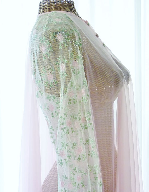 Virginia Wallace Embroidered Chiffon Robe Nightgo… - image 3