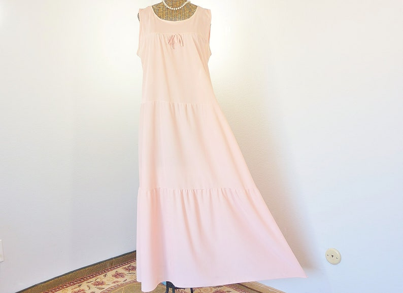 Vintage Pink Tiered Nightgown Ladies TALL 4-Gore Panel 60s Large