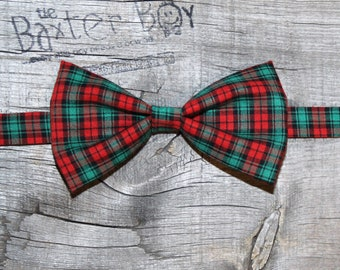 READY TO SHIP ---- Red and Green plaid little boy bow tie, pre-tied - photo prop, wedding, ring bearer, accessory, birthday boy
