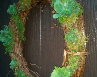 Natural Grapevine Wreath of Living Growing Succulents...Available Now !