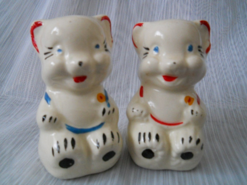 4efe64115f4ad American Bisque Bears Salt and Pepper Shakers vintage