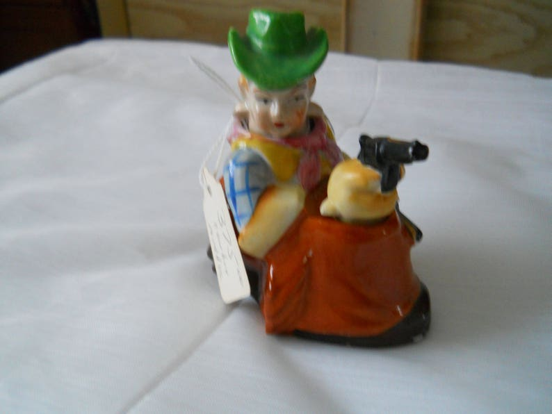 vintage RARE Nodding Cowboy and Gun Salt and Pepper Shakers collectible Japan