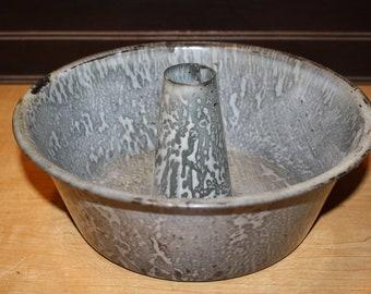 Vintage Enamel Angel Food Cake Pan - Gray Graniteware - item #2963