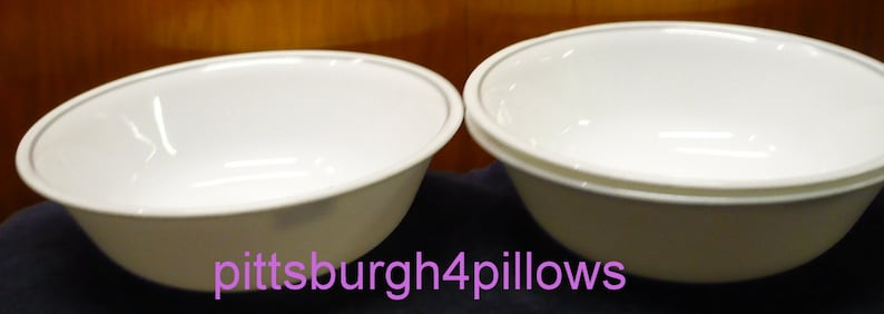 Light Grey Band No Chips Or Cracks Solitary Rose  Apricot Grove EUC Soup  Salad Bowls Corelle Price Is For One