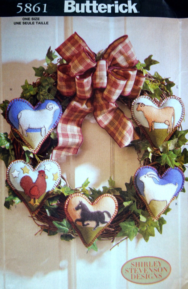 LOOK Vtg 90/'s Uncut 12 APPLIQUE Quilted Hearts WREATH ~ Farm Animals Butterick 56861 Country Craft Set For Farmhouse Home Decor Adorable!