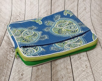Clearance Double zip tablet case, turtle print