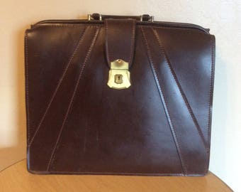 Vintage Briefcase Attache Attache' Lawyer style Leather with top frame Classic Mad Men