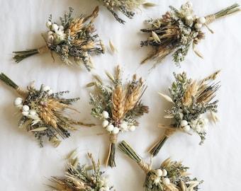 Prairie Romance Boutonniere // Wheat Boutonniere // Buttonhole