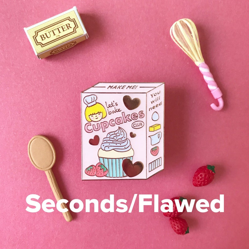 Second/Flawed Let's Bake Cupcakes Club Pin image 0