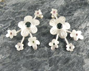 Tourmaline Earrings, Floral Earrings, Sterling Silver Flowers Earrings, Silver Post Earrings with Green Tourmaline, Tourmaline Jewelry