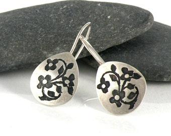 Miniature Flowers Earrings Gifts for Teen Sterling Silver Earrings, Oxidized Floral Earrings Small Teardrop Earrings Nature Jewelry