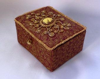 unicorn cameo beaded trinket box