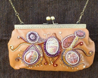 SALE Bead and gemstone embroidered leather purse/handbag with kiss-clasp.