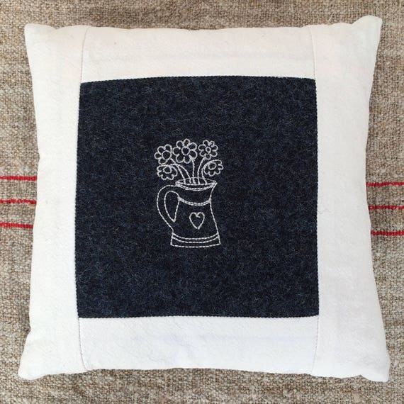Little pillow, navy, white, heart jug with flowers