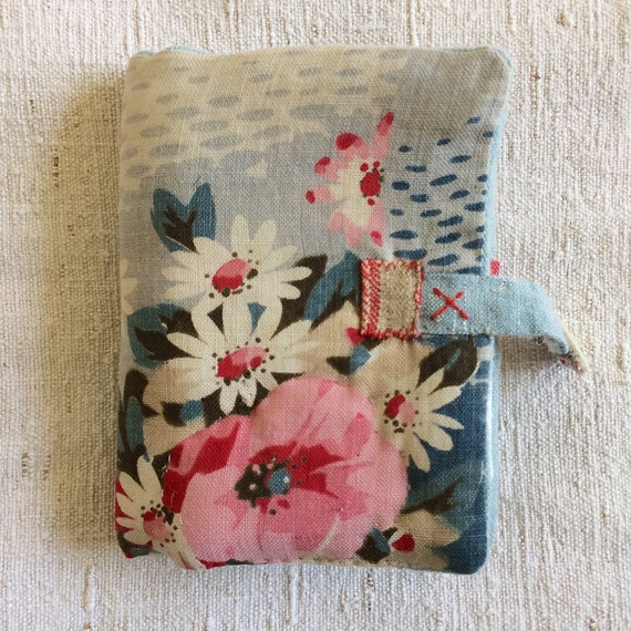 Needlecase in vintage 1930's floral with embroidered words and pocket