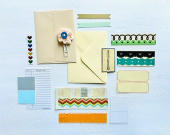 Junk Journaling, Ephemera Crafting Kit, Junk Journal Supply, Pink Crochet Flower, Crochet Clip, Card Making, Fall Theme Scrapbooking Kit