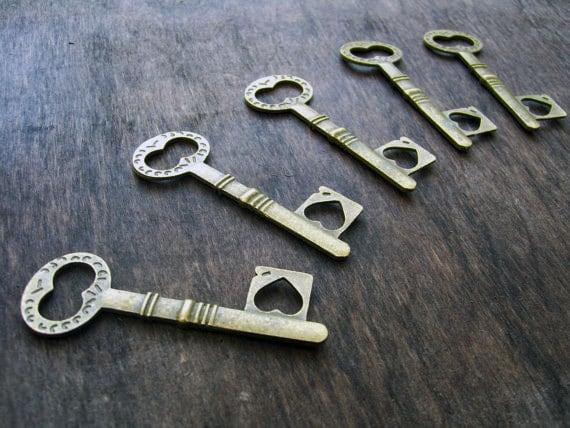 Wedding Keys Bulk Skeleton Keys Wholesale Key Pendants Antiqued Copper Keys Steampunk Keys 45mm 50pcs