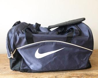 7a13f4df37fb Nike duffle bag