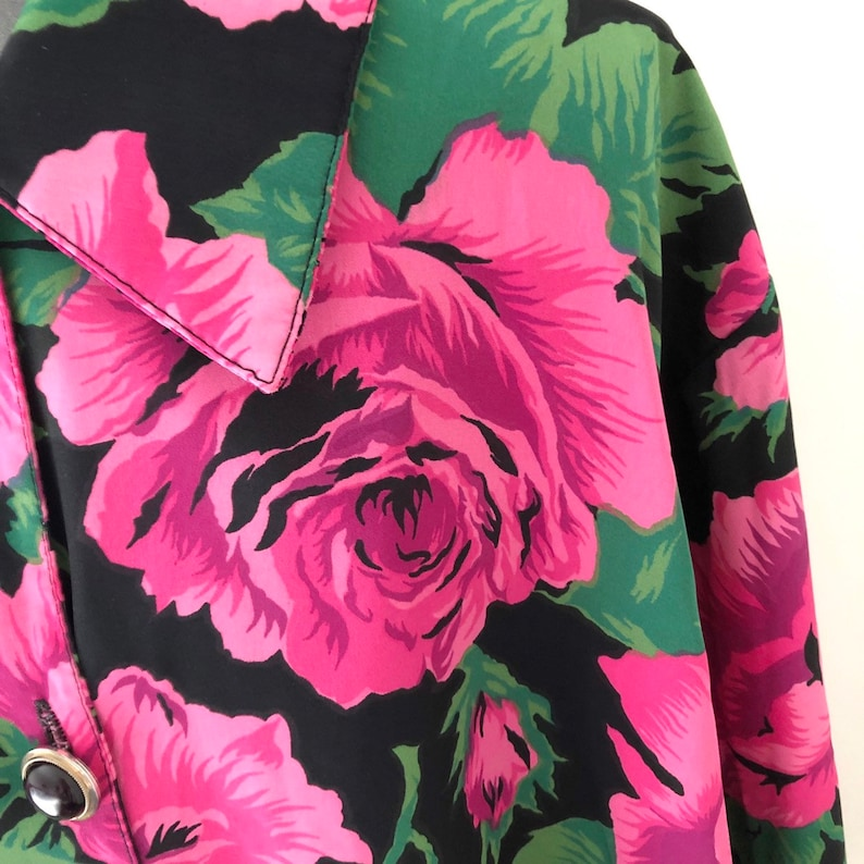 Made in Canada Size L Vintage 80s Long Oversized Floral Print Blouse