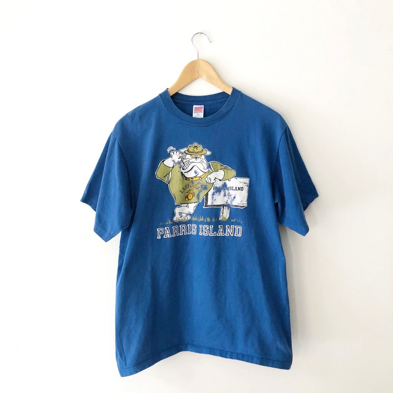 Made in USA Vintage 90s US Marine Corp Parris Island Bulldog Graphic Tee Size L 100/% Cotton