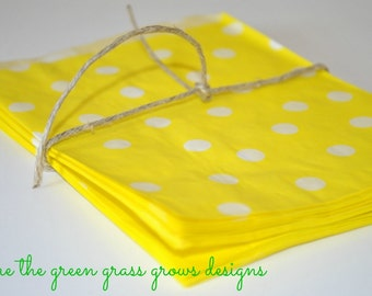 Yellow and White Paper Party Bags
