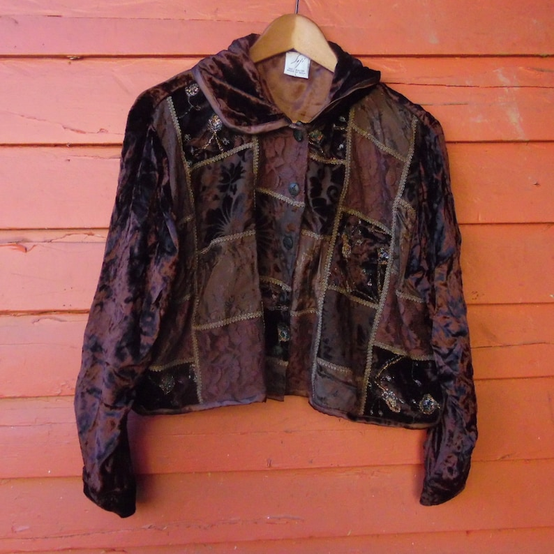 80s90s Velvet and Lace Black Patchwork Gothic Babydoll Boho Cropped Peter Pan Blazer L