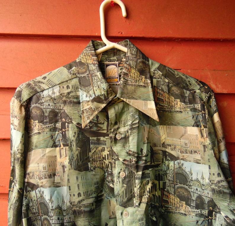 70s JP2 Forest Green All Over Travel Venice Polyester Disco Hippie Mens Button Up Work Dress Shirt M