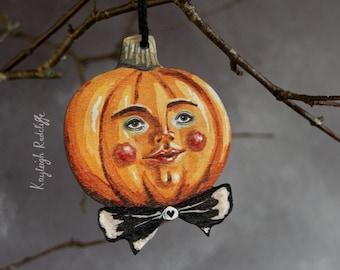 Wooden Halloween pumpkin decoration, double sided. Peter pumpkin. Vintage style Halloween