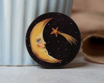 Crescent moon badge/ brooch/ pin. Moon brooch, moon pin, moon badge. Moon man with a shooting star. Laser cut wood. Celestial moon gift