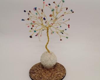 Bunte Draht-Art-Struktur Draht-Baum-Skulptur wulstige Baum