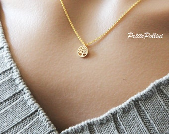 Tree of Life Necklace in Silver/ Gold. Collar Bone Necklace. Garden. Botanical. Dainty and Subtle. Gift For Her (PNL-142)
