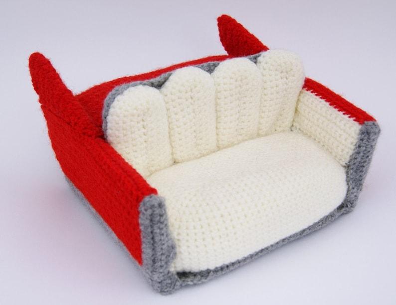 crochet pattern  cadillac sofa image 0