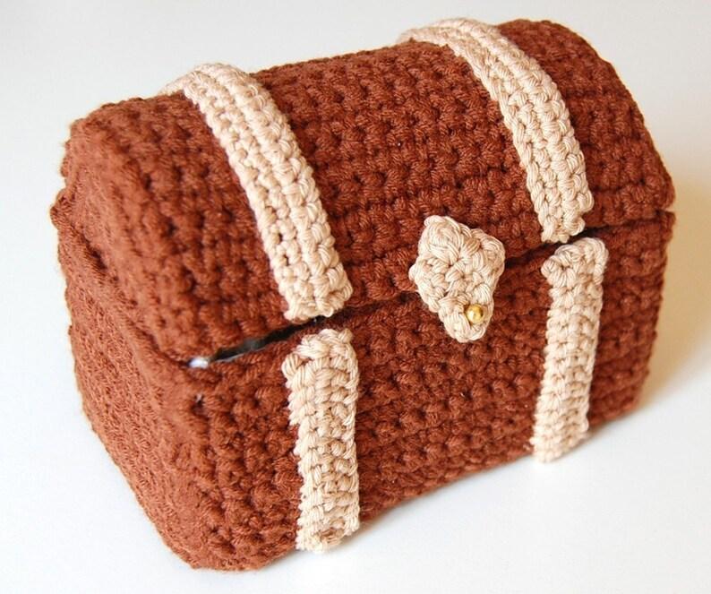 amigurumi pattern  toy chest image 0