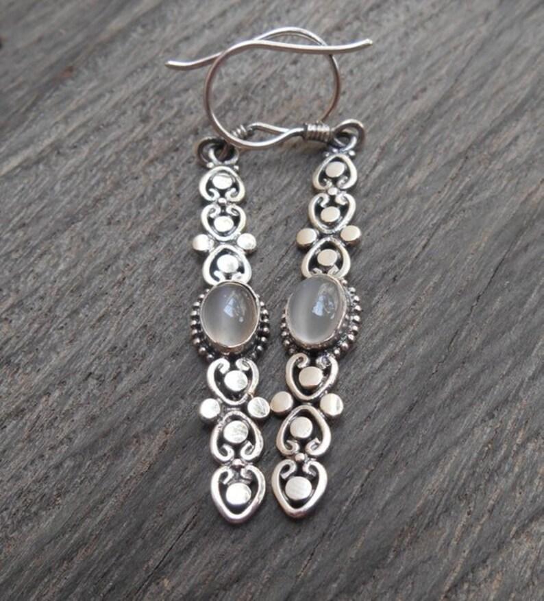 women earrings jewelry gift silver dangle earrings Elegant Silver moonstone gemstones dangle earrings  sterling silver handmade earrings
