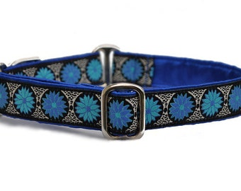 Martingale Collar or Buckle Dog Collar - Custom Dog Collar -Daisy Chains Jacquard in Blue - 1 Inch