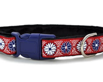 Martingale Collar or Buckle Dog Collar - Custom Dog Collar -Daisy Chains Jacquard in Red, White, & Blue - 1 Inch