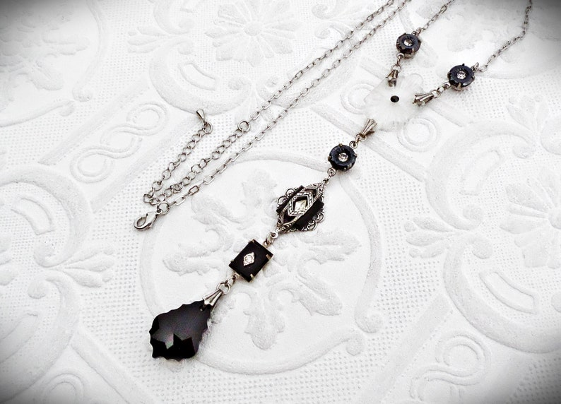 ac0053b95dd8 Camphor Glass Lariat Art Deco Necklace Victorian Jewelry